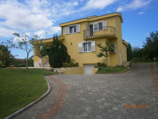 Fabulous Villa Ivanka