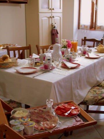 B&B Sa Chessa camere per pionieri - Ploaghe - Bed & Breakfast