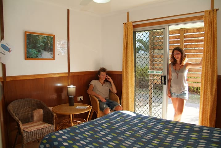 1 double bedroom shared facilities - Scarness - Casa