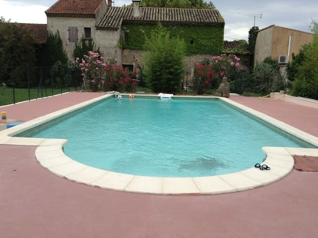 Villa PMR en Provence avec piscine - Violès - Villa