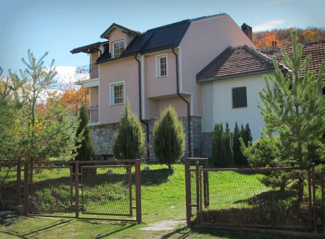 Villa Lazareski - Leunovo, Mavrovo - Leunovo - Apartament