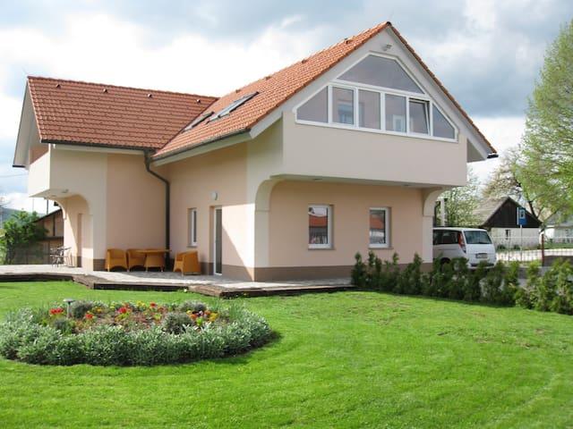 Apartments Lavric - Nova Vas