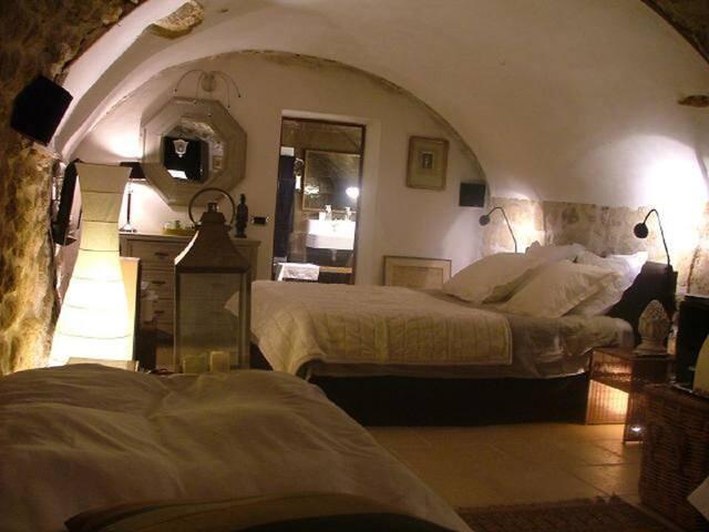 Chambre d'hôte La Bergerie  - Rognes