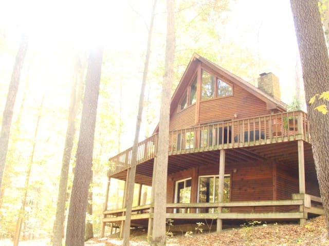Wooded &Fabulous Brown County Cabin - Nashville - Houten huisje