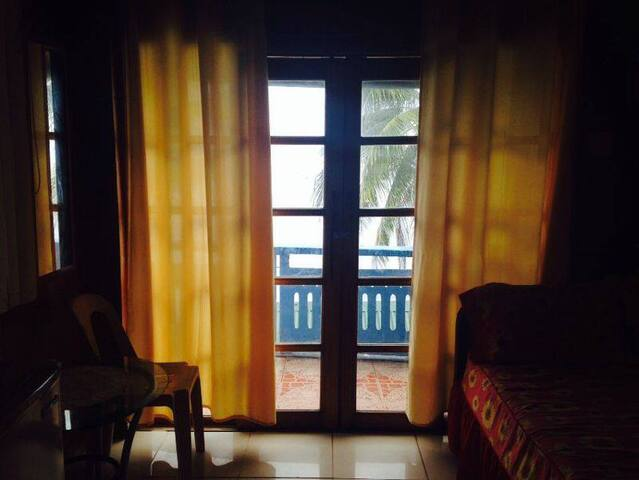 Cheap quiet rooms 5 m from the sea. - Puerto Galera - Appartement
