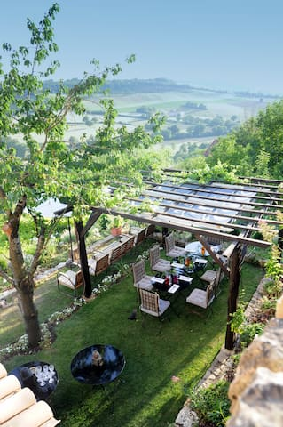 Room in the heart of the city - Cordes-sur-Ciel - Bed & Breakfast