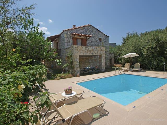 Traditional villa & private pool!  - Stavromenos - Hus
