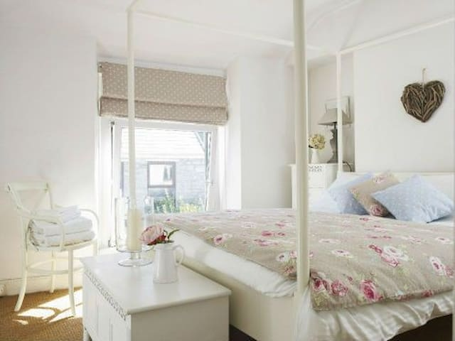 Coastal Chic Cottage Nr Seafront - The Mumbles - Huis