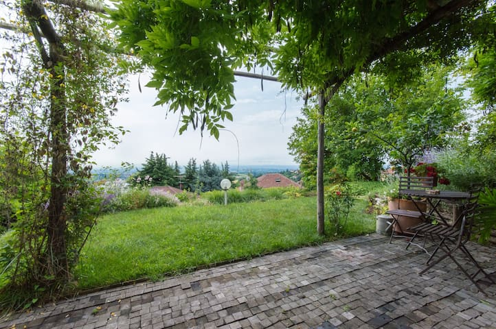 Lovely open space (loft) with view - Pino Torinese