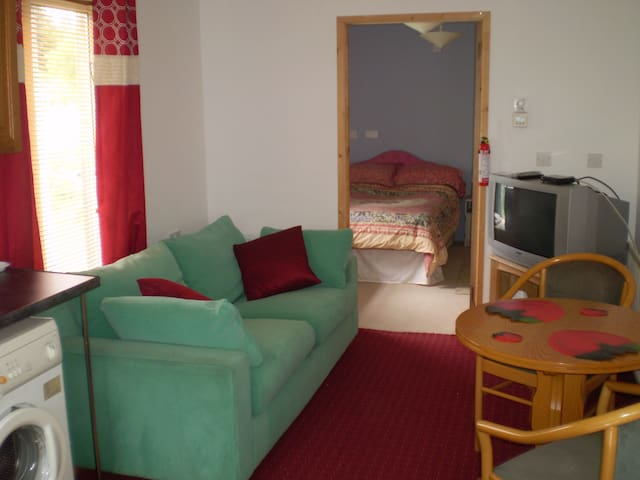 Studio 2 APARTMENT - RANDALSTOWN - Appartement