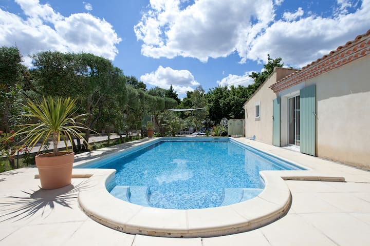 ROMANTIC COTTAGE  SWIMMING POOL IN PROVENCE - Comps - Haus