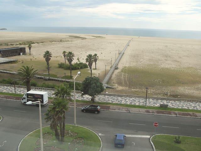 Beach front apartment - Figueira da Foz - Departamento