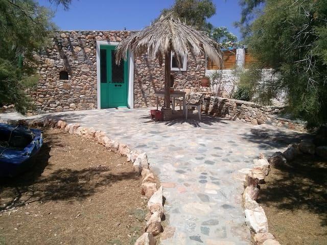 idyllic, right next to the beach - Μέγας Γιαλός - Villa