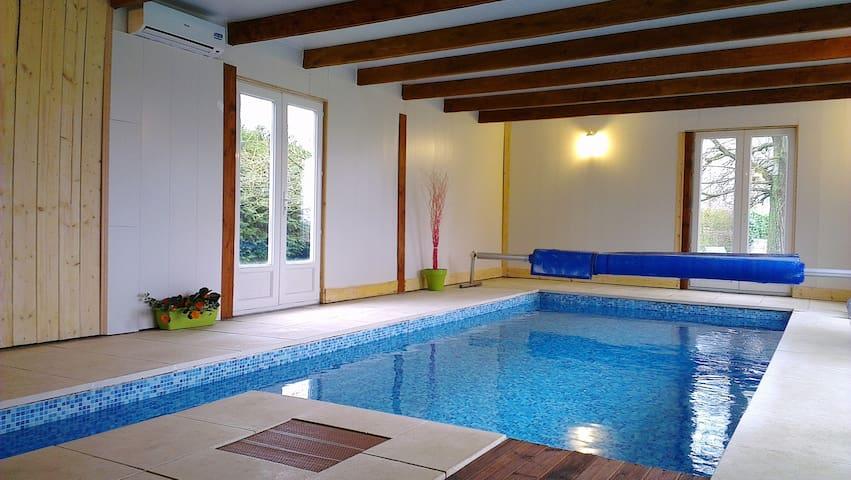 La maison avec piscine chauffée  - La Noé-Poulain - Casa