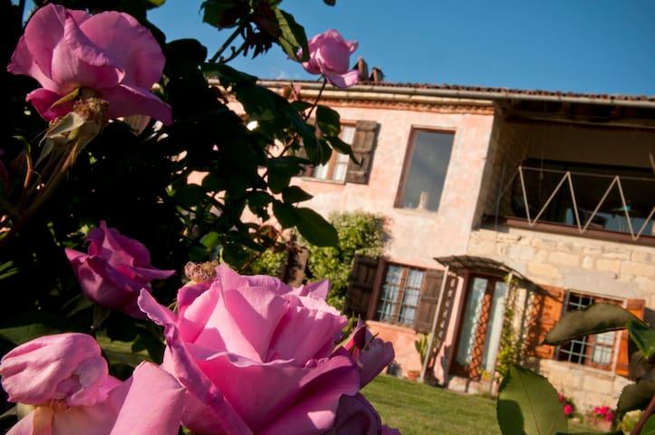 """Cascina rosa b&b - """"Suite"""" - Grazzano Badoglio - Bed & Breakfast"""