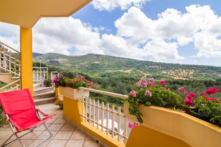 Panoramic apartment - Cuglieri - Appartement