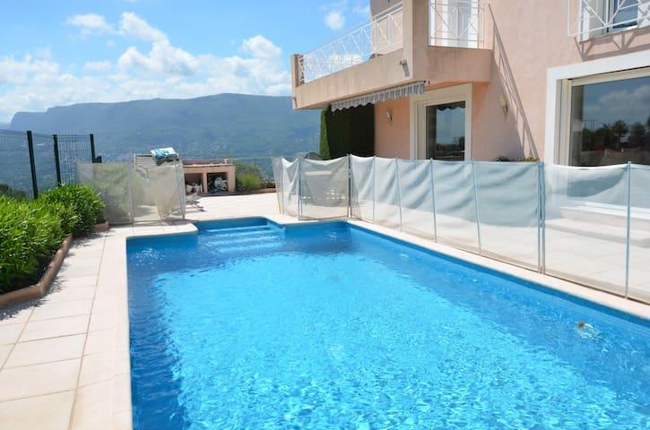 Villa avec piscine hauteurs de Nice - Colomars - Villa
