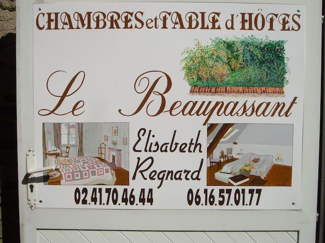 Le Beaupassant Suite pour 5 adultes - Vihiers - Oda + Kahvaltı
