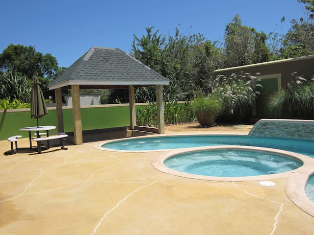 Villa in Angostura Resorts Tobago - Scarborough