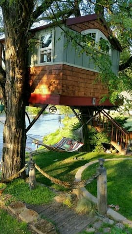 Washougal Riverside Treehouse - 瓦休戈(Washougal)