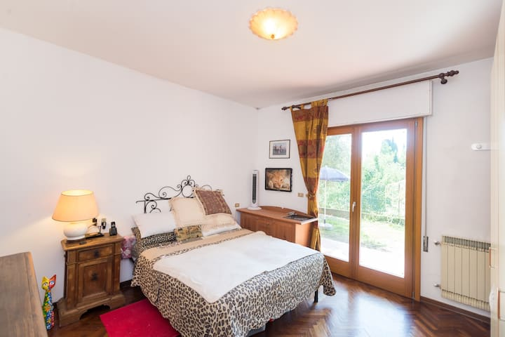 double room in Montecatini - Montecatini Terme - Appartement