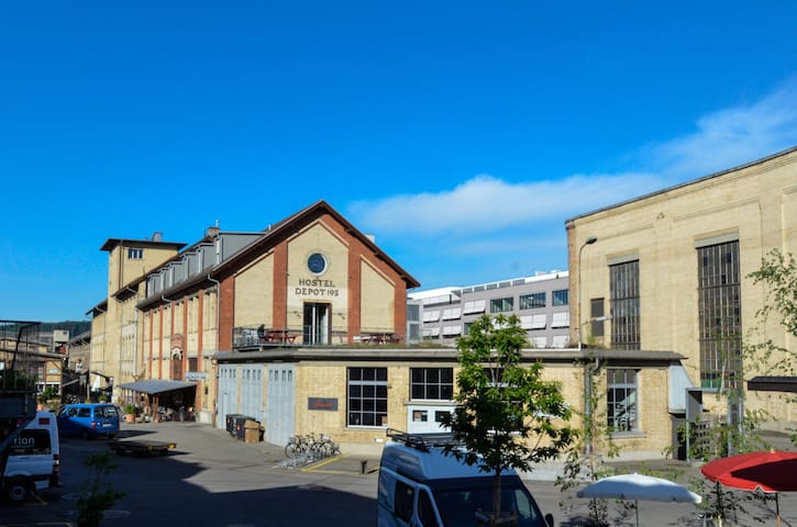 Depot 195 - Hostel Winterthur - Winterthur - Internat