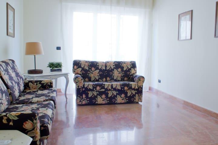 CasertaSuite - Caserta - Apartemen