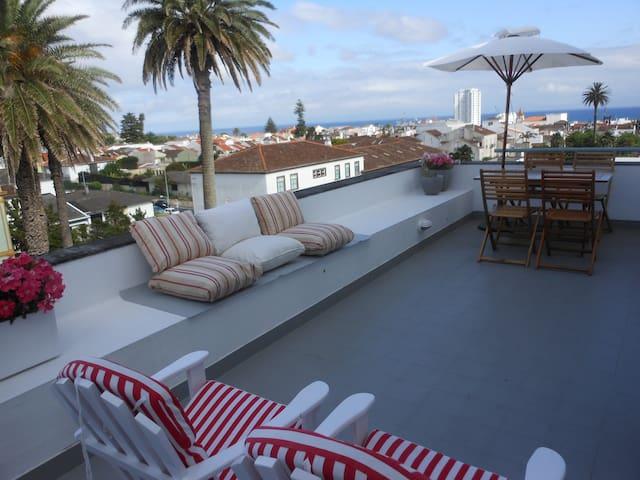 Rooftop apartment - Ponta Delgada