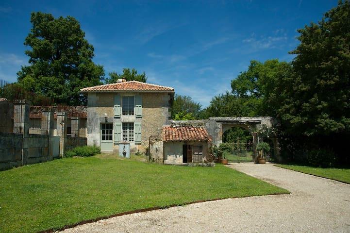 Charmante maison du Périgord vert - Bourg-des-Maisons - Maison