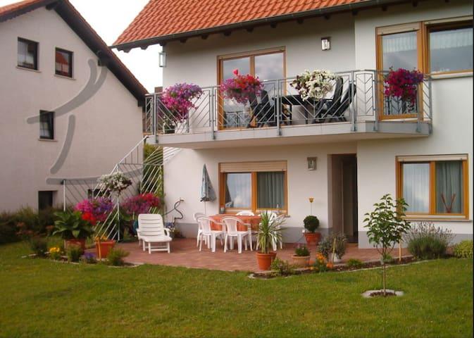 FeWo,Bostalsee3km, bis 8 Pers incl. Saarland Card - Nohfelden - Квартира