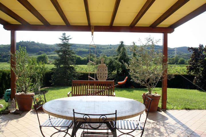 Soave country-house close to Verona - Costeggiola - 단독주택