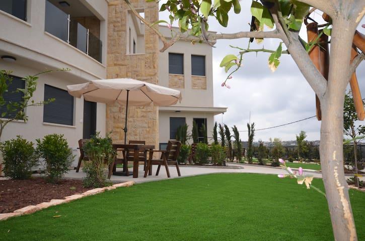 Zimmer Monte in Dalyat El Carmel - dalyat el karmel - Oda + Kahvaltı