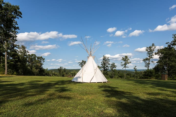 Tipi with a View, Very Beautiful !  - Millerton