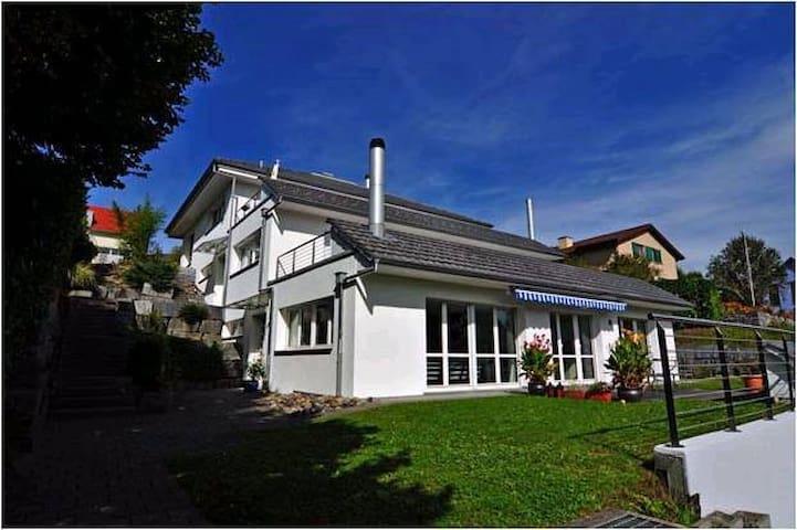 Luxury, sunny and quiet place - Schöfflisdorf - Leilighet