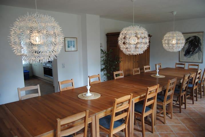 XXL-Ferienhaus in Strandnähe; top! - Tönning - Casa