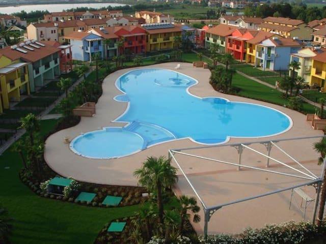 Porto Antico Village - Bevazzana - Appartement
