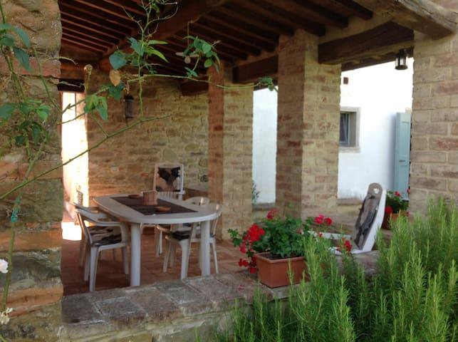 Immerso nella natura - Monte San Savino - Apartment