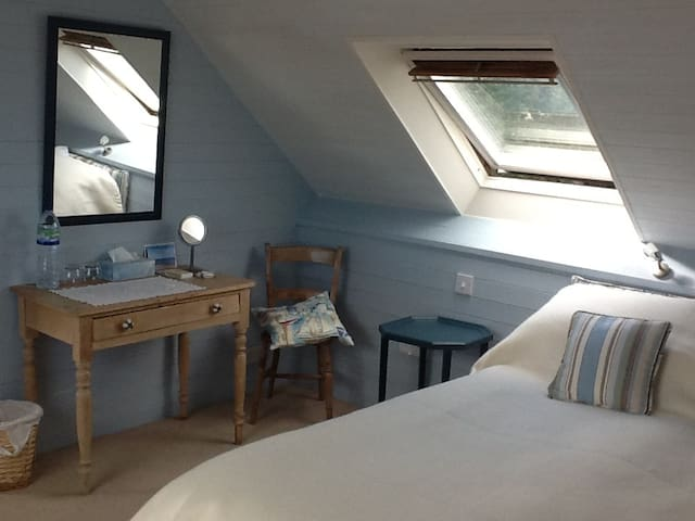 Rose Cottage Studio Flat - West Wittering