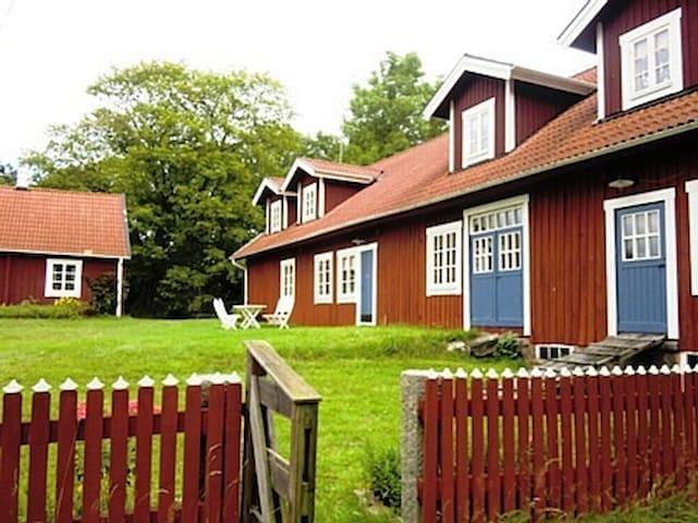 Spacious and classic wooden house - Osby - Casa de campo