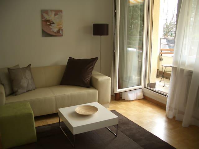 Modern, silent studio apartement - Baden - Daire
