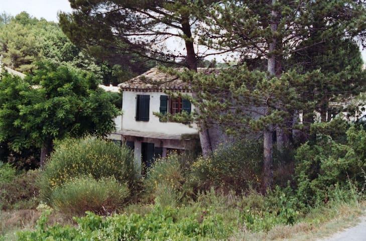 Cabanon provençal (à la semaine) - Vaison-la-Romaine