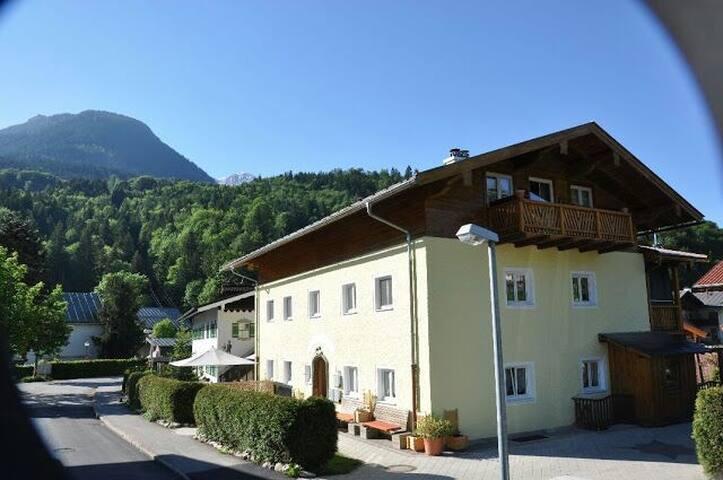 Doppelzimmer in ****Ferienwohnung - Berchtesgaden - Huis