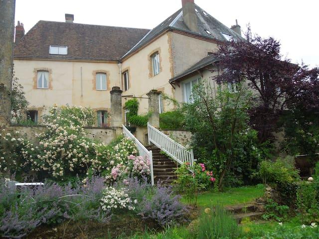 CH. D HOTES CARREFOUR DE L ORMEAU - Mondoubleau - Bed & Breakfast