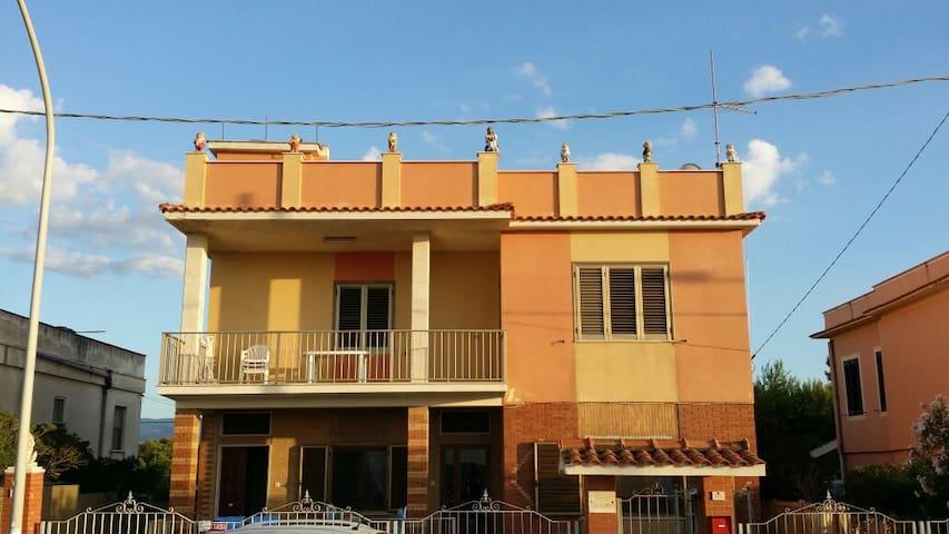 Appartamento completo vista mare - Foce Varano - Huoneisto