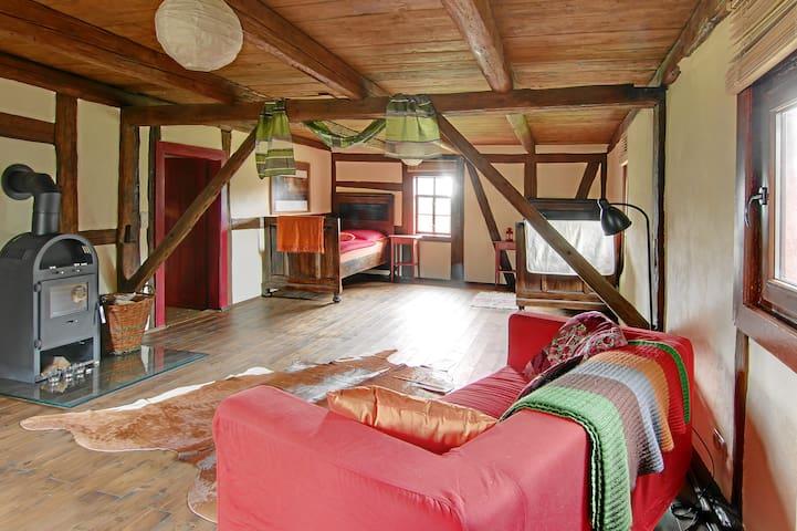 Lovely Room In Old Farmhouse - Waldheim - Oda + Kahvaltı