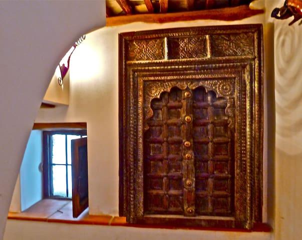 Alma charmingly renovated house - Granada - Departamento