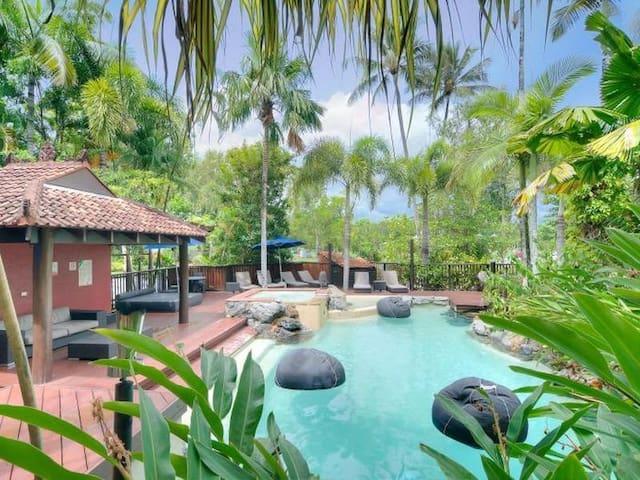 30 Hibiscus Resort-Relaxed+Central! - Port Douglas - Apartmen