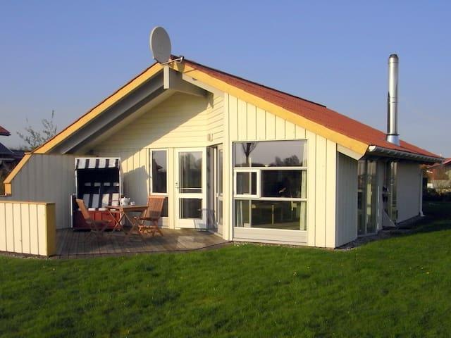 Dänisches Ferienhaus nahe Nordsee - Tönning (Kating) - Ev