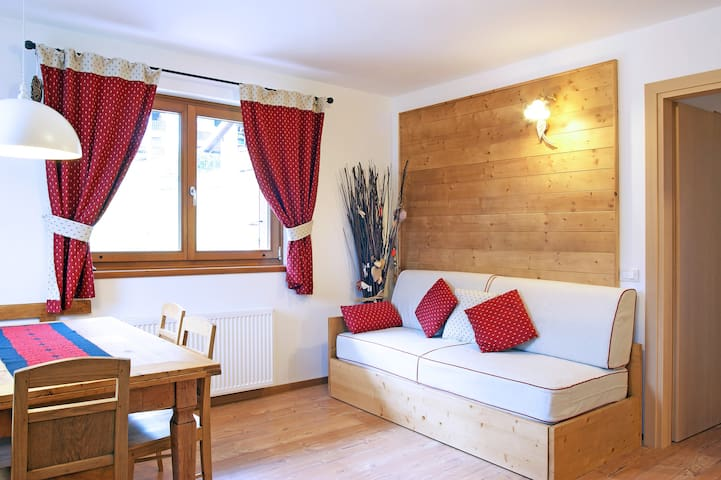 SUNNY 2BD APARTMENT - DOLOMITES - Tocol - Appartement