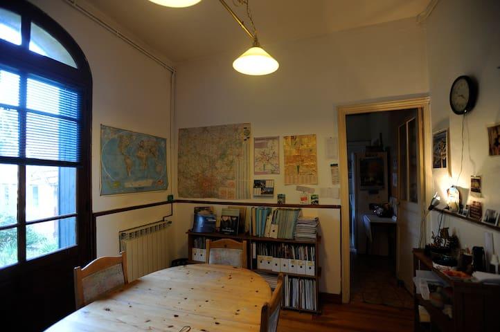 cozy and warm house in Noyon - Noyon - Hus